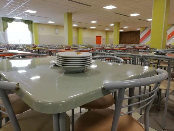 Россия выделила Таджикистану $1 млн на питание школьников